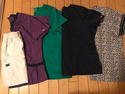 3 Xl Scrub Set 4 Scrub Tops 1 Bottom