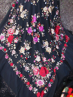 PIANO SHAWL antique chines silk roses embroidery macrame fringes BEAUTIFUL