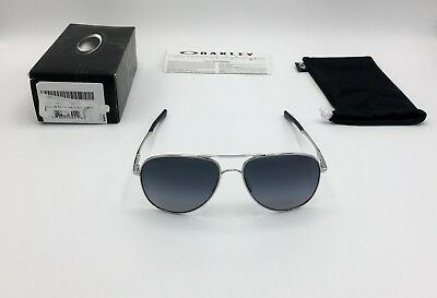 bf5df07e352c9 OAKLEY POLARIZED ELMONT AVIATOR MEN SUNGLASS 4119-0258 Chrome Grey Gradient  58mm