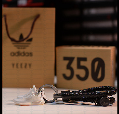 Yeezy Handcrafted 3D Sneaker Keychain with Box/Bag Gift Set - FREE SHIPPING