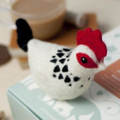 SUSSEX CHICKEN Gift boxed needle felting kit with foam mat & instructions