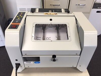 Akiles Automatic Booklet Maker