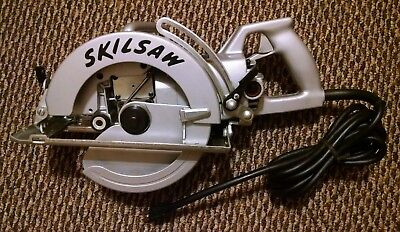 Skilsaw 825 Worm Drive Heavy Duty Corded Circular Saw, 8-1/4 in NOS All metal