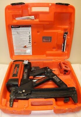 ITW Ramset TrakFast TF1100 Gas Charge Nailer Gun Pre-Owned!!
