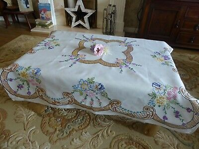 Vintage Hand Embroidered  Linen Tablecloth= Stunning Detailed  Embroidery