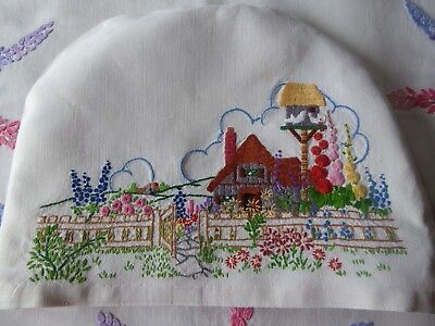 Vintage Hand Embroidered Tea Cosy/teapot Cover- Beautiful Embroidery