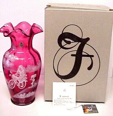 Fenton Cranberry Mary Gregory Special Delivery Vase Limited Edition Mint In Box
