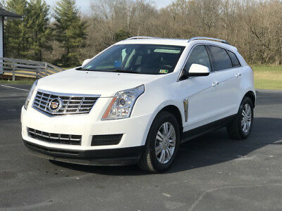 2016 Cadillac SRX  2016 Cadillac SRX   Luxrury Collection    Only 15k Miles!
