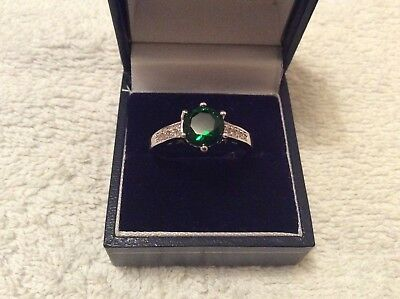 Green Stone Ring 'Detecting find '