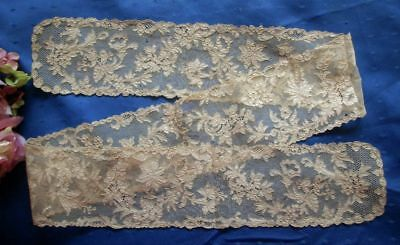 """SUPERB ANTIQUE HAND MADE 18th CENTURY HONITON APPLIQUE' LACE LAPPET/SCARF~50"""""""