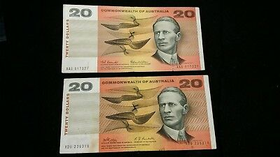 2 X  $20 Australian  Banknotes   Coombs/wilson & Phillips/randall  Notes   # 689