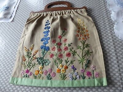 Vintage Hand Embroidered Linen Bag/craft Bag - Beautifully Embroidered.