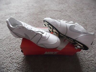 Nike 3090 Open Field White Cleats Men's 8 1/2  With Box - New