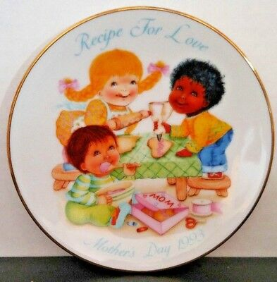 """""""RECIPE FOR LOVE"""" Avon Mothers Day Plates 5"""" Great Gift Idea 1993"""