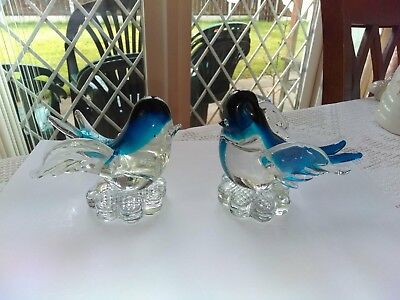 Murano glass pair of love birds in blue. perfect condition
