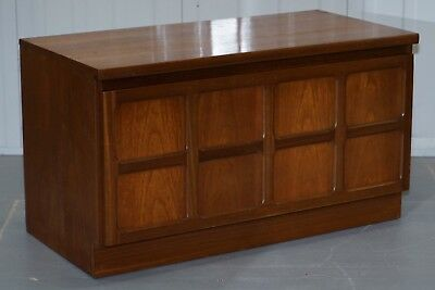 Lovely Mid Century Modern Nathan The Master Craftsman Low Tv Unit Honey Oak