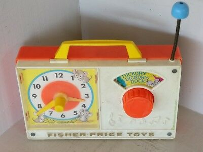 Vintage Fisher-Price hickory dickorydock, music clock 1971