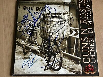 Guns N' Roses - Chinese Democracy original signed AXL ROSE + 3 Autographed
