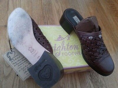 Sale! Brighton womens size 10 Brown Leather Slip on shoes. Barely worn!