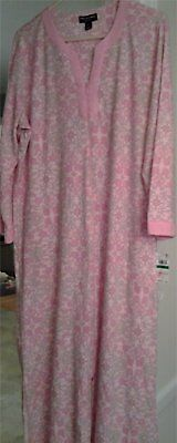 NWT Miss Elaine Robe / Caftan Zip Front - Size Large - New With $68 Price Tag