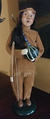 2002 Byers Choice Caroler Thanksgiving Native American Indian Man W/squash & Bow