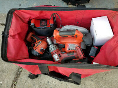 REDUCED !!!      Milwaukee 28V Cordless 4-Tool Combo Kit  with Carry Bag