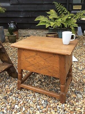 Carved Oak Joint Stool Coffee Table Lamp Table With Storage