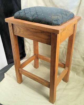 """Vintage Oak Upholstered Stool Decorative / Functional ~ Could be Child's ~ 22"""" T"""