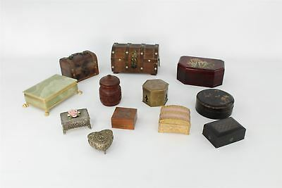 Lot of Vintage Trinkets / Jewellery Boxes inc Wooden , Floral , Onyx , etc 3749g