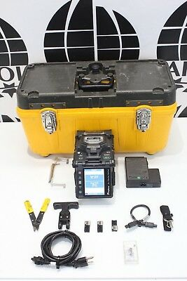 Fujikura 18S SM MM Fiber Fusion Splicer 969 total arc Count w/ cleaver Ct-06