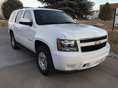 2013 Chevrolet Tahoe LS 2013 Chevrolet Tahoe 4x4 LS Auto 4WD AWD SUV Chevy White Full Size 1500 5.3L V8