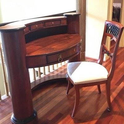 "Curved writing desk - Century's Capuan Collection (84-97) 863-763 ""Lady's Desk"""