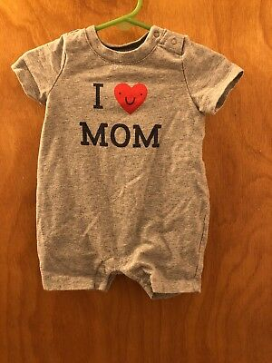 Used Baby Gap I Love Mom Neutral Unisex Outfit Size  3-6 months Boys or Girls