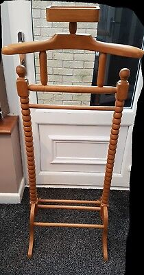 Vintage style butlers valet/stand in great used condition.
