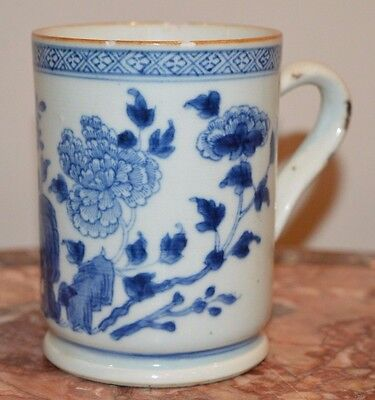 An early 18th century Chinese blue and white mug/cup Kangxi/Yongzheng