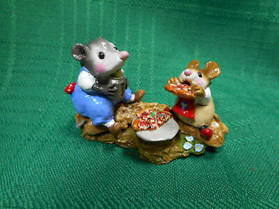 Wee Forest Folk  Possum's Pizza Party  M-244