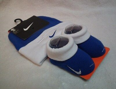 Nike - Infant 2 Piece Set, White, Blue and White Hat, Cap and Booties
