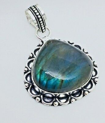 Handcrafted Natural AAAA Labradorite gemstone 925 sterling silver pendant one of