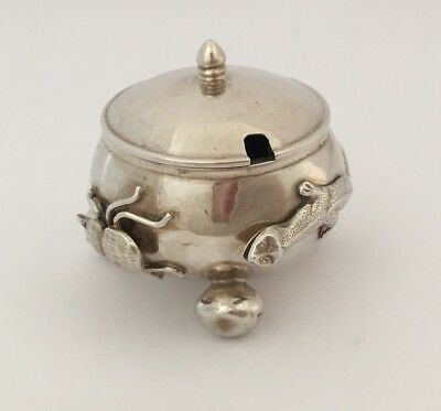 Antique Chinese Export Solid Silver Lizard & Bug Mustard Pot(R2733)