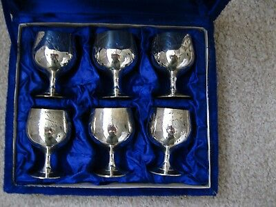 Vintage boxed 6 small goblets silver plated. used