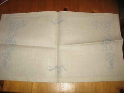 Vintage Irish Linen Oblong Placemat/Traycloth - transfer on ready to embroider