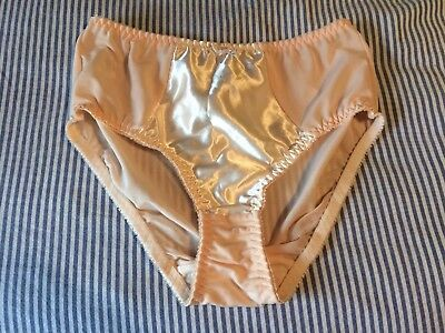 891e8631b4895 WHAT KATIE DID Size 12 Harlow Nouveau Knickers - £12.50