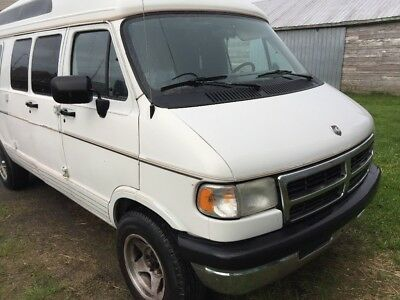 Dodge: Ram Van Ram 2500  Hi top conversion Van 5.9 litres