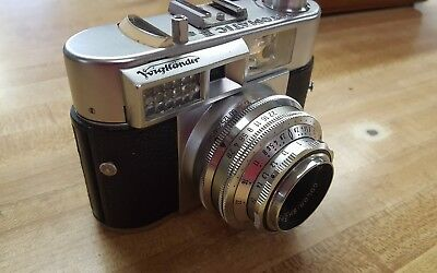 Vintage Voigtlander Vitomatic II 35mm Camera with Susis Tripod, Case and more