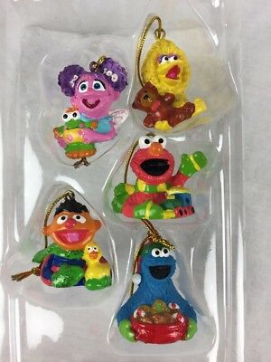 Kurt Adler Sesame Street Holiday Ornament 5 Piece Christmas Set NEW - KURT ADLER SESAME Street Holiday Ornament 5 Piece Christmas Set NEW