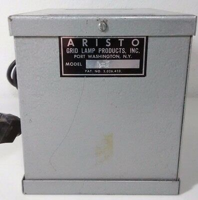 Aristo Cold Light Head - Model 4x5 - Vintage - Works great! SHIPS FREE!