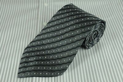 Hugo Boss Men's Tie Gray & Black Ripple Striped Silk Necktie 60 x 3.75 in.