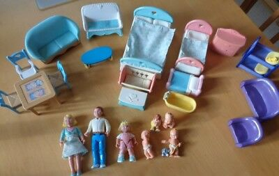 Exceptional Mixed Lot Of Plastic Dolls House Furniture (for Children)