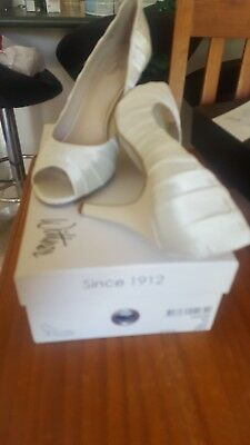 wedding shoes size 8