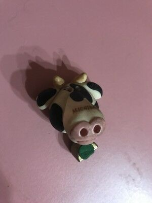 Classic Lovely Cute Cow Magnet Ships N 24h